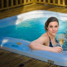 celebrate in hot tub with RiverBeds